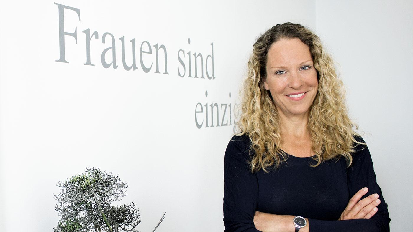 Dr. Katharina Anstett